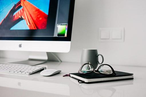 office-820390__340
